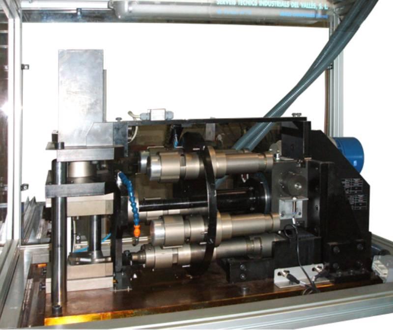 maquina-rotativa-conformado-tubo-metalico